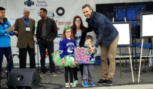 Canucks in support of Autism Awareness